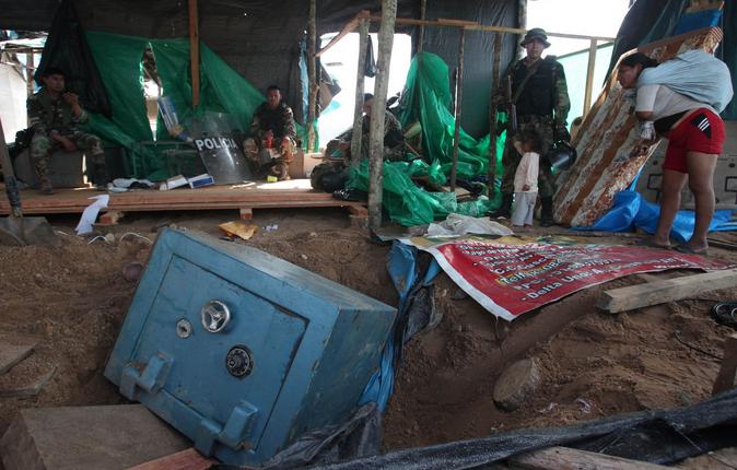 Destruyen campamento de minería ilegal y rescatan a diez menores