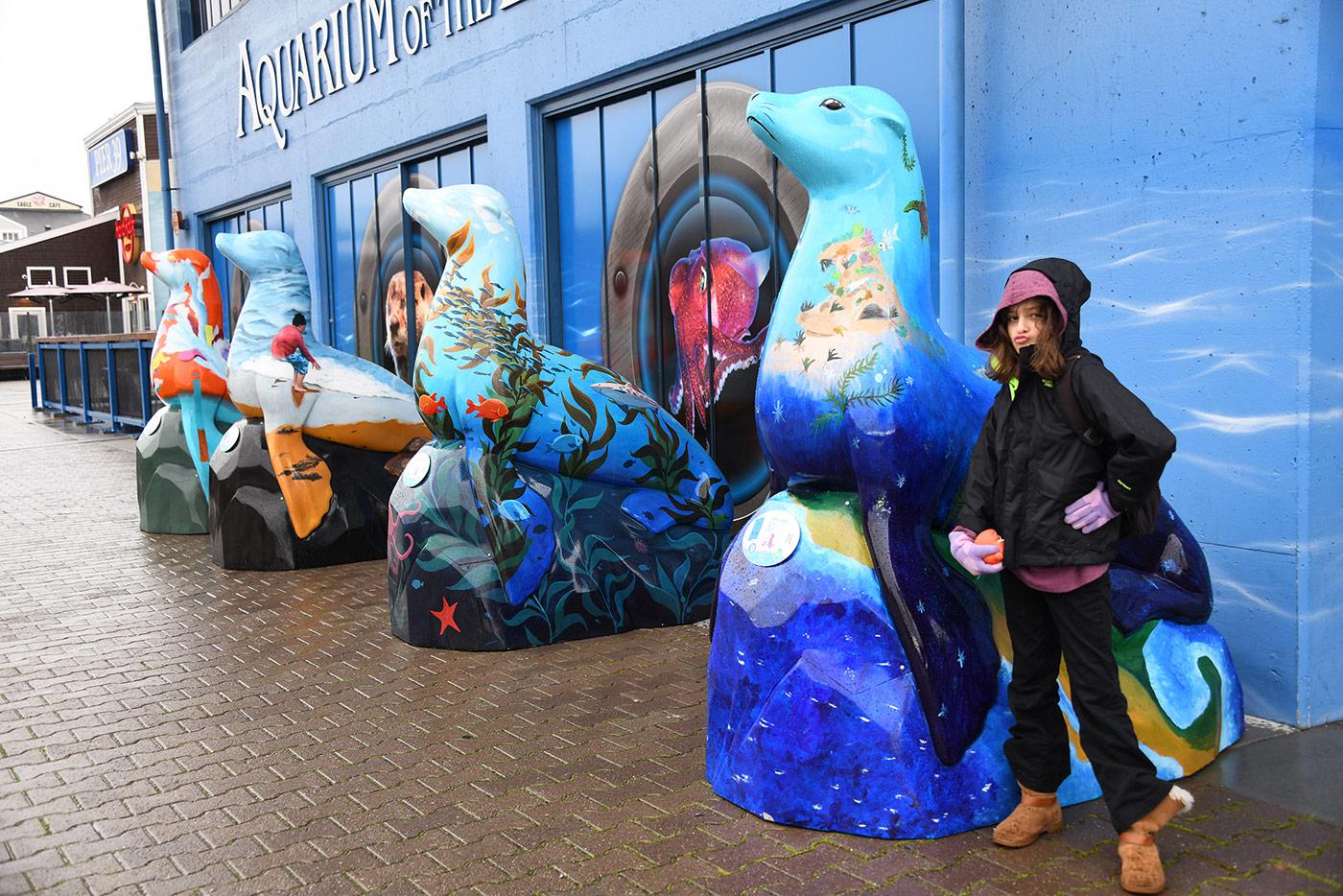 Seahorse Statues